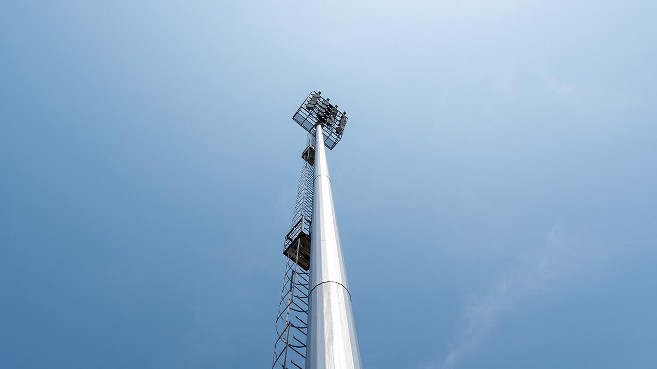 Torre de luz de un estadio